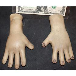 SEED OF CHUCKY SCREEN USED GLEN GLENDA HERO ANIMATRONIC PUPPET HANDS