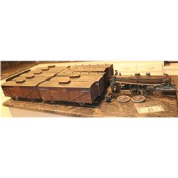 ZZ- ANTIQUE FILMING MINIATURE COMPLETE TRAIN METAL MADE TO LOOK LIKE WOOD