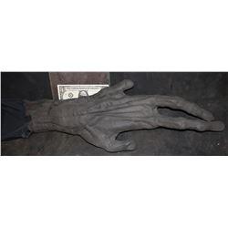 ALIEN VS PREDATOR PREDALIEN UNUSED ARM AND HAND