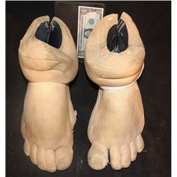 THE NUTTY PROFESSOR THE KLUMPS PAIR OF FAT FEET UNUSED