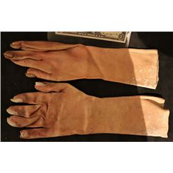 X-MEN SABRETOOTH SCREEN USED HERO STAGE 1 RESIN CLAWS ON SILICONE GLOVES