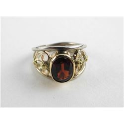 Estate English 9kt Gold Ring, Bezel Set Oval Garne