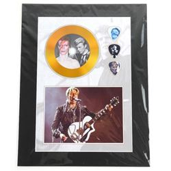 David Bowie Gold CD and Guitar pick - Photo Card 1
