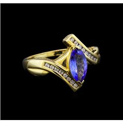 14KT Yellow Gold 0.99 ctw Tanzanite and Diamond Ring