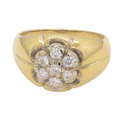 0.5 ctw Diamond Ring - 14KT Yellow Gold