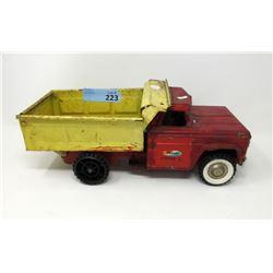 1950s Structo Hydraulic Lift Dump Truck