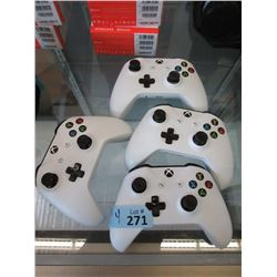 4 Xbox One Wireless Controllers - Store Returns