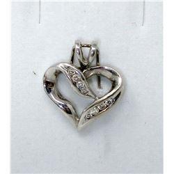 10KT White Gold 8 Diamond Heart Pendant
