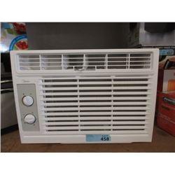 Midea Window Mount Air Conditioner - Store Returns