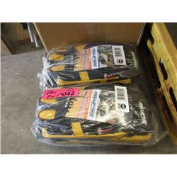 12 Pairs of New Armour Tech Stretch Gloves