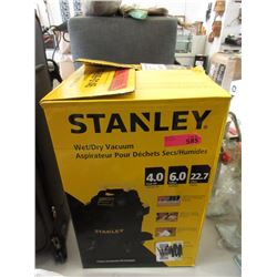 6 Gallon Stanley Wet/Dry Vacuum - Store Return