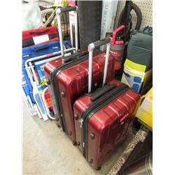 1 Medium & 1 Large Swiss Gear Rolling Luggage