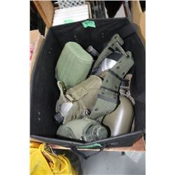 Box with 6 Canteens & Bags