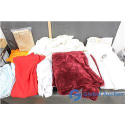 Blankets, Tablecloths & Curtains