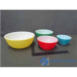 Complete Pyrex Primary Bowl Set