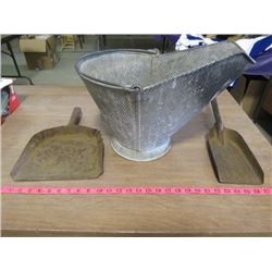 LOT OF 3 FIREPLACE ITEMS (ASH PAIL, METAL SHOVEL AND METAL DUSTPAN)