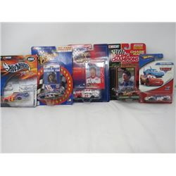 LOT OF 5 NASCAR AND HOTWHEEL TOYS (DIE CAST) *FROSTED FLAKES 2002, VALVOLINE, MICHEAL WALTRIP, CHASE