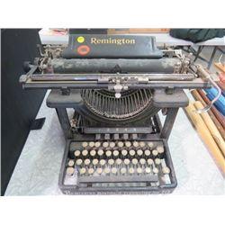 REMINGTON STANDARD TYPEWRITER NO. 12