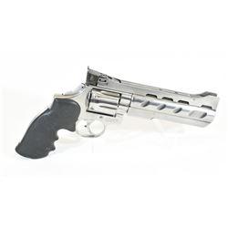 Smith & Wesson 686-3 PPC Handgun