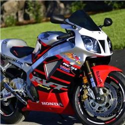 EXCLUSIVE MOTORCYCLE COLLECTION 2004 NICKY HAYDEN WORKS HONDA RC51 LTD