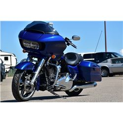 FRIDAY NIGHT 2016 HARLEY DAVIDSON ROAD GLIDE