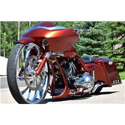 FRIDAY NIGHT 2014 HARLEY DAVIDSON CUSTOM BAGGER