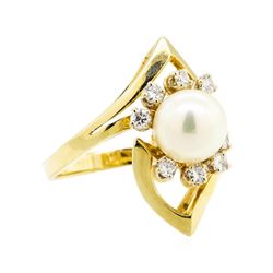 14KT Yellow Gold 0.40 ctw Diamond and Pearl Ring