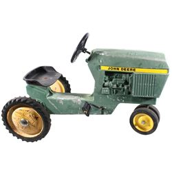 John Deer Metal Pedal Tractor Riding Toy