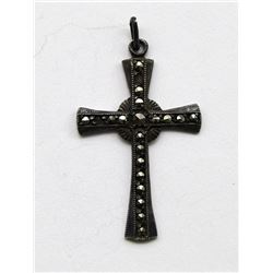 ANTIQUE STELRING CROSS PENDANT WITH SPARKLY