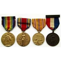 WWI & WWII MEDAL LOT - VICTORY MEDALS & MORE