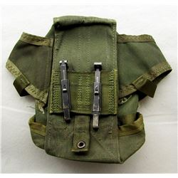 US ARMY M16 MAGAZINE POUCH WITH ALICE CLIPS