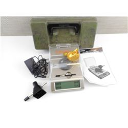 LYMAN ACCU-TOUCH 2000 RELOADING SCALE, CASE-GARD TACKLE BOX