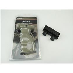 AG-55 EGRONOMIC VERTICAL FOREGRIP AND RISER MOUNT