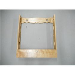 WOODEN RIFLE DISPLAY MOUNT WITH KEY
