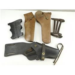 ASSORTED SMALL PISTOL HOLSTERS