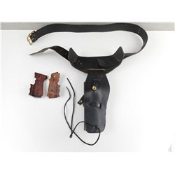 LEATHER HOLSTER WITH BELT AND PISTOL GRIPS