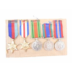 ASSORTED WWII MEDALS