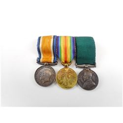 MINATURE WWI MEDALS AND RIBBONS