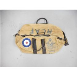 ROYAL CANADIAN AIR FORCE LARGE MILITARY TRAVEL KIT BAG  BY RED CANOE