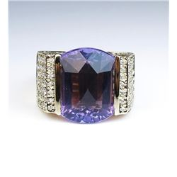 19CAI-8 AMETHYST & DIAMOND RING