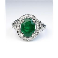 19CAI-9 COLOMBIAN EMERALD & DIMAOND RING
