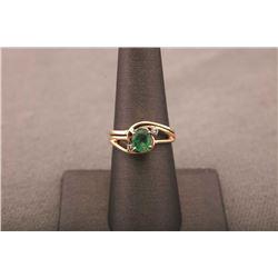 19RPS-23 EMERALD & DIAMOND RING