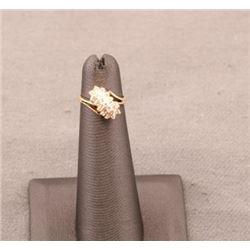 19RPS-35 DIAMOND CLUSTER RING