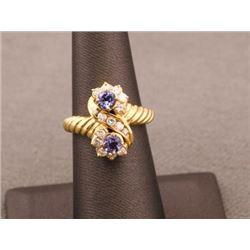 19RPS-29 SAPPHIRE & DIAMOND RING