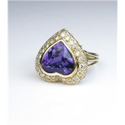 19CAI-31 HEART SHAPED AMETHYST & DIAMOND RING