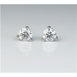 19CAI-33 DIAMOND STUD EARRINGS