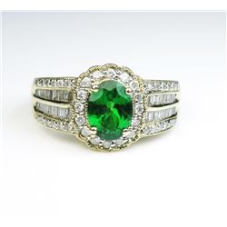19CAI-10 TSAVORITE GARNET & DIAMOND RING