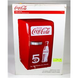 COCA COLA RETRO COOLER - HOLDS UP TO 18 CANS.