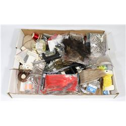 STARTER FLY TRING KIT INCLUDING VISES, TOOLS AND
