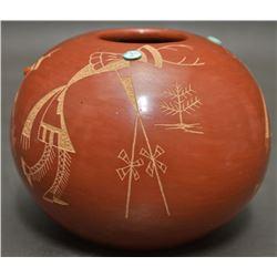 "SANTA CLARA INDIAN POTTERY JAR (GARCIA, GLORIA ""GOLDEN ROD"")"